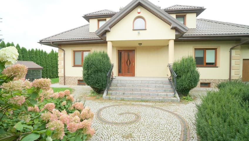 Dom na sprzedaż Miastkowo, Kurpiowska  267m2 Foto 1