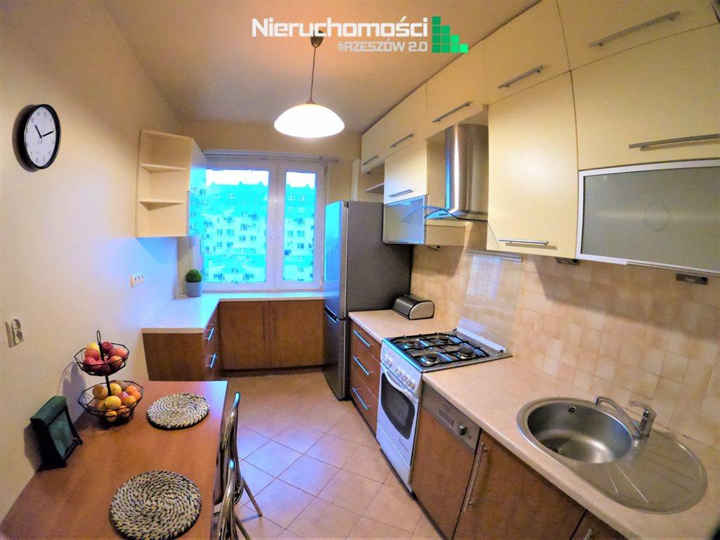 Mieszkanie trzypokojowe na sprzedaż Rzeszów  68m2 Foto 10