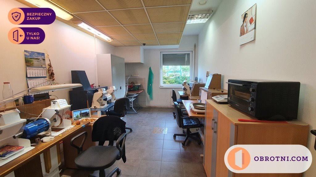 Lokal użytkowy na sprzedaż Tuchom  323m2 Foto 12