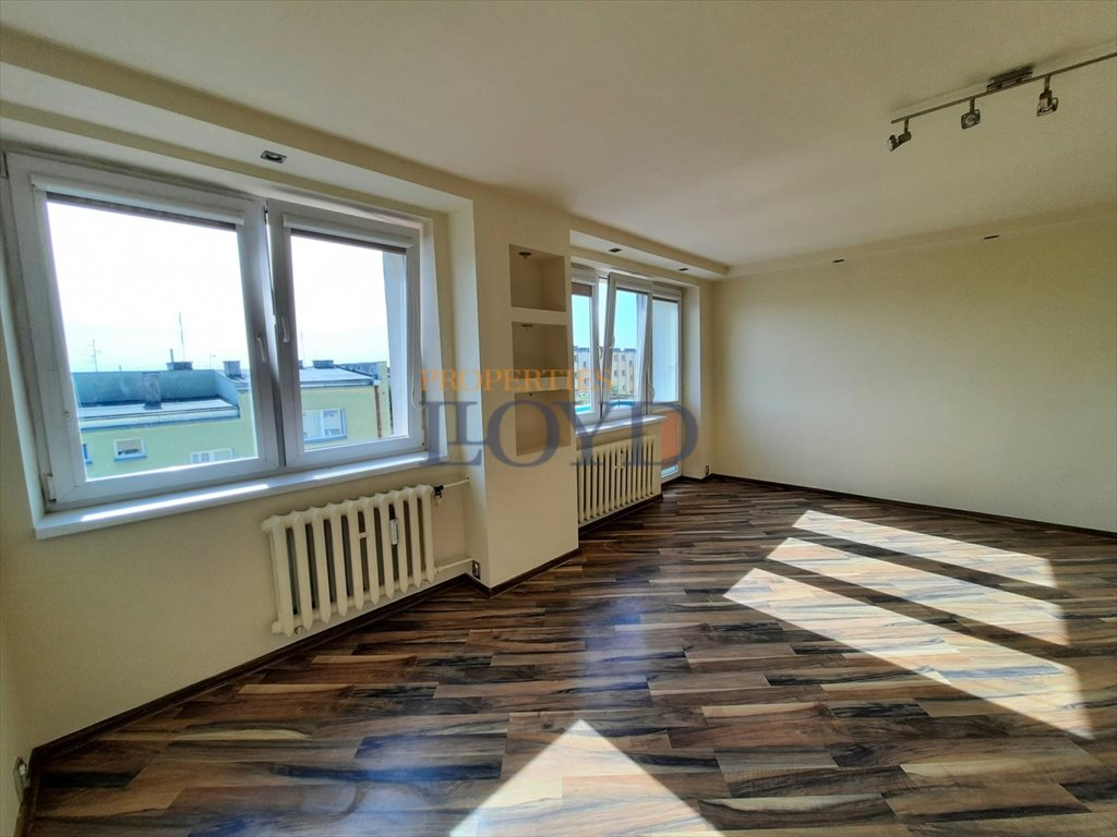 Mieszkanie dwupokojowe na sprzedaż Poddębice, Przejazd  51m2 Foto 3