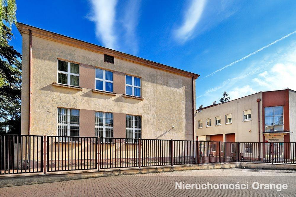 Lokal użytkowy na sprzedaż Pabianice  1417m2 Foto 1