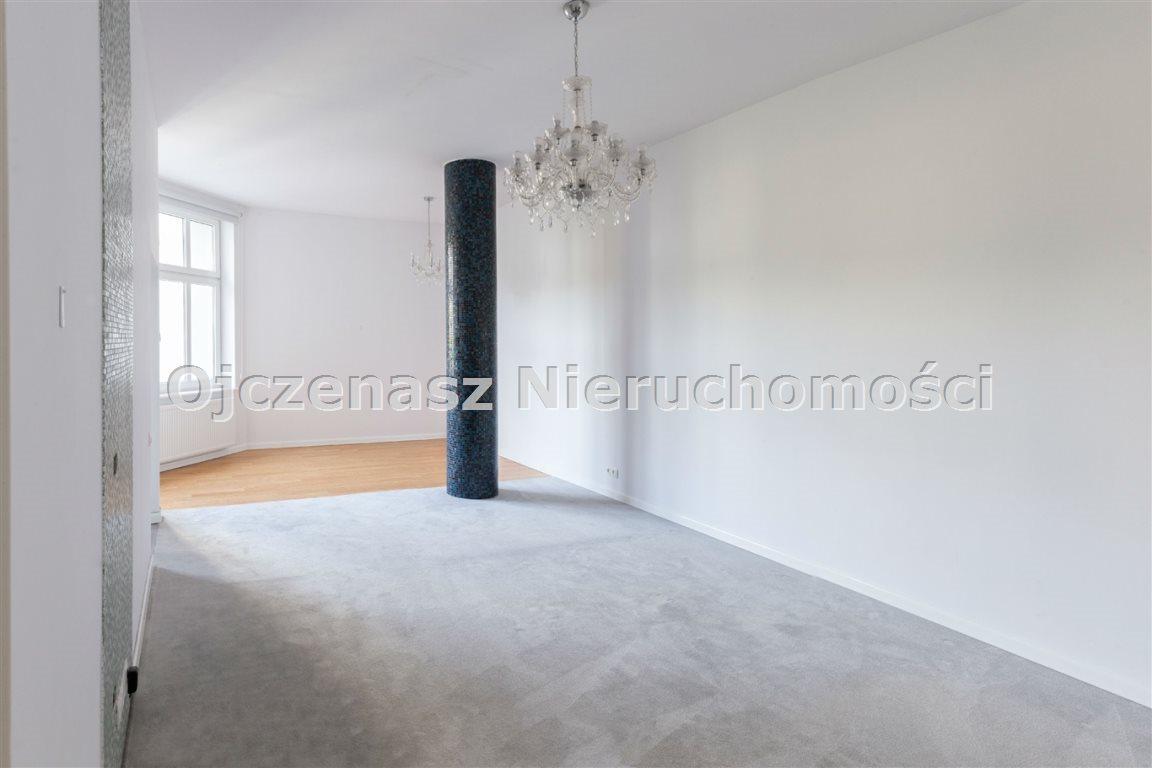 Mieszkanie czteropokojowe  na wynajem Bydgoszcz, Centrum  140m2 Foto 7