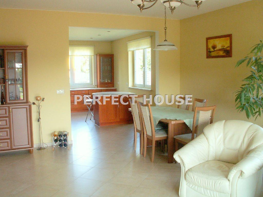 Dom na sprzedaż Sady  148m2 Foto 4