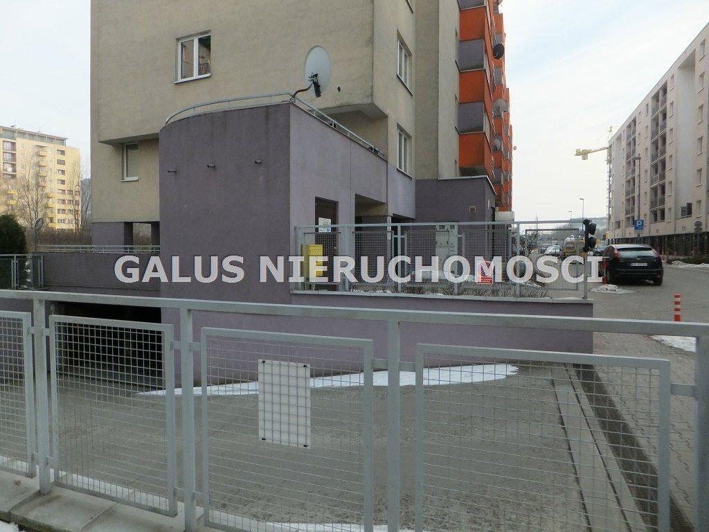 Garaż na wynajem Kraków, Prądnik Czerwony, Marchołta  18m2 Foto 1