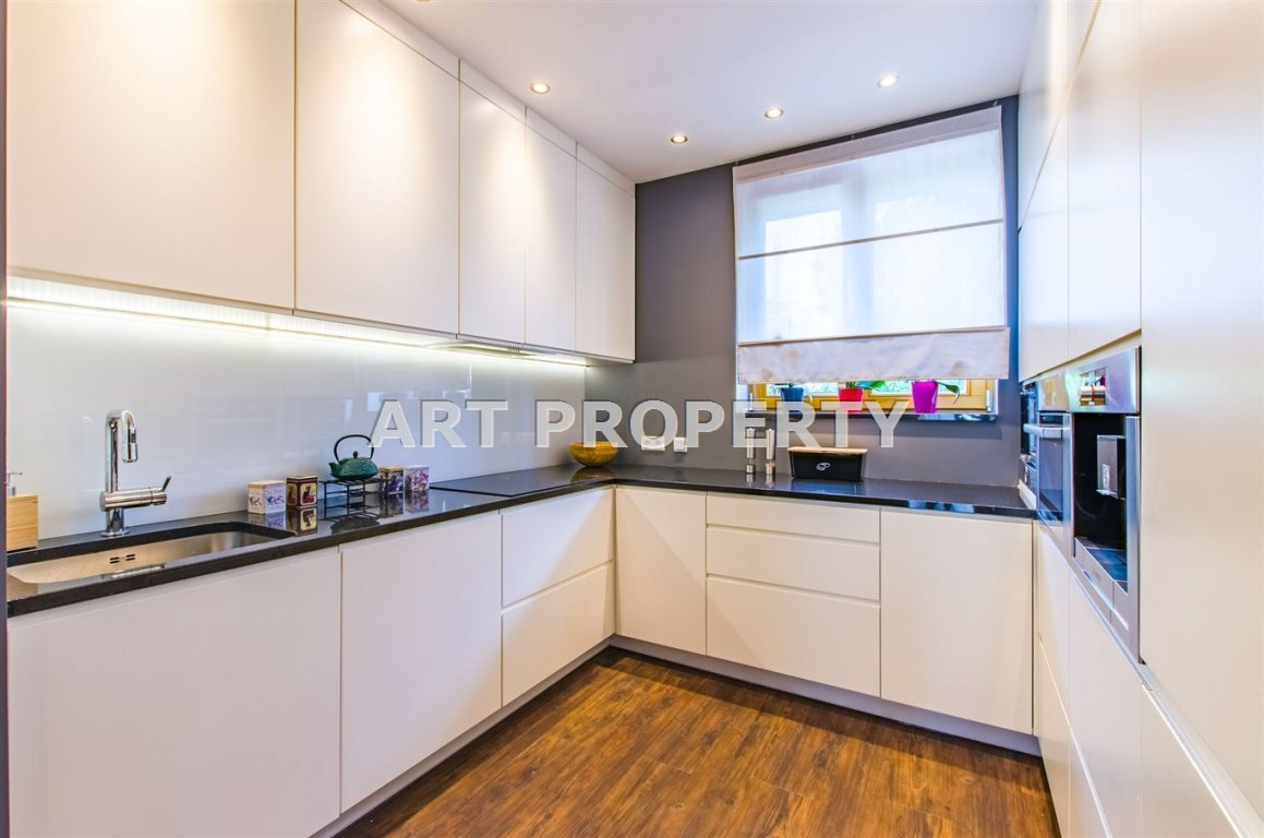 Mieszkanie trzypokojowe na sprzedaż Katowice, Ligota  87m2 Foto 2