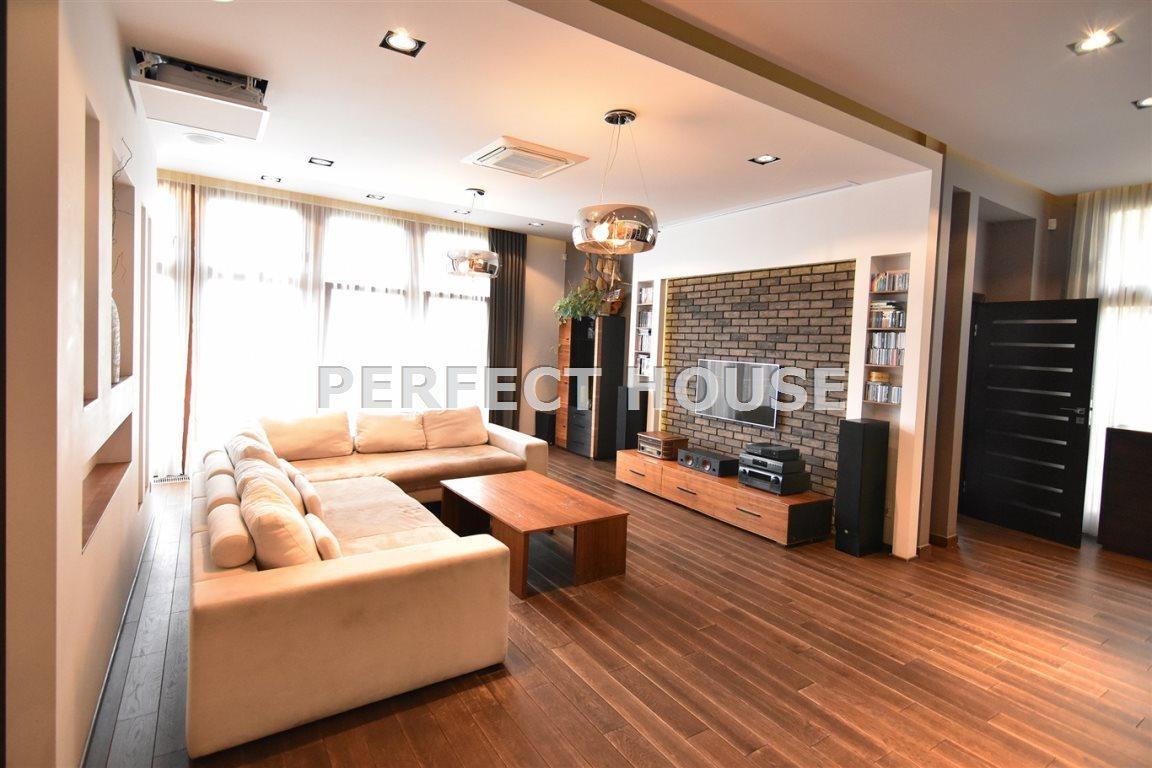 Luksusowe mieszkanie czteropokojowe  na sprzedaż Poznań, Centrum  142m2 Foto 6