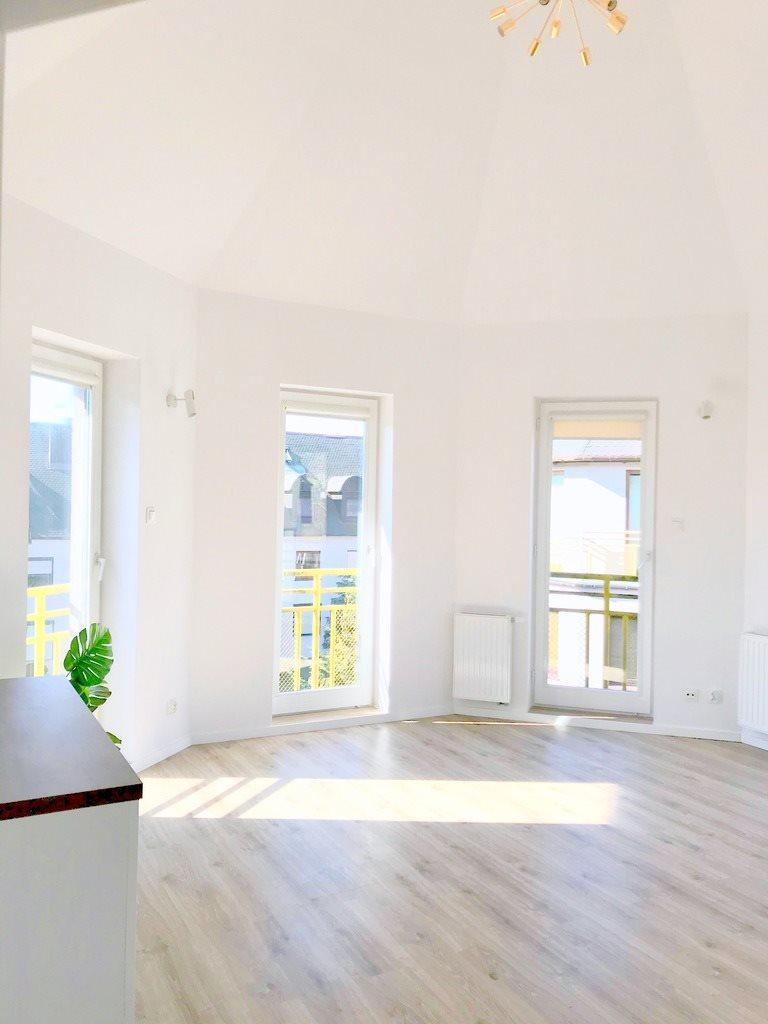 Mieszkanie trzypokojowe na sprzedaż Szczecin, Gumieńce, Ostrobramska  50m2 Foto 1