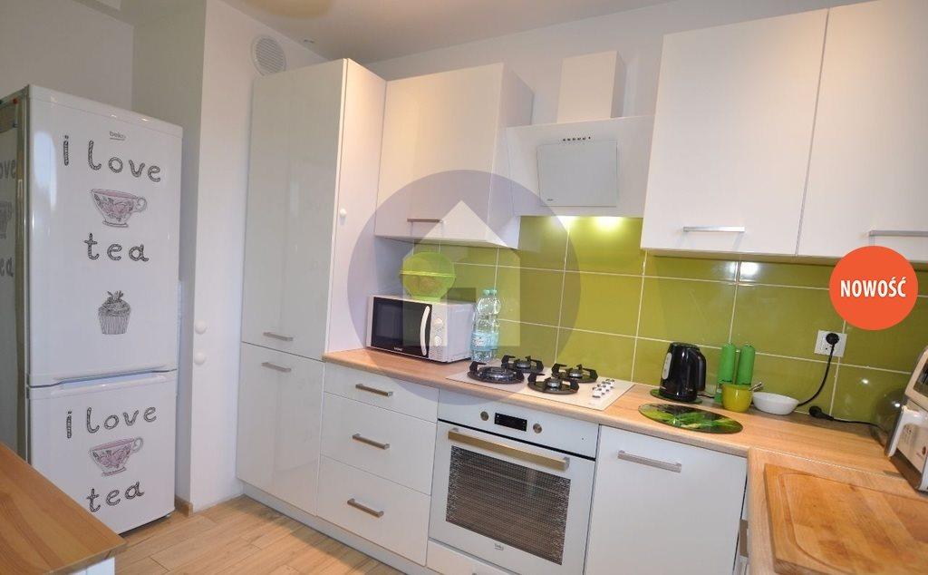 Mieszkanie dwupokojowe na sprzedaż Lubin  44m2 Foto 1