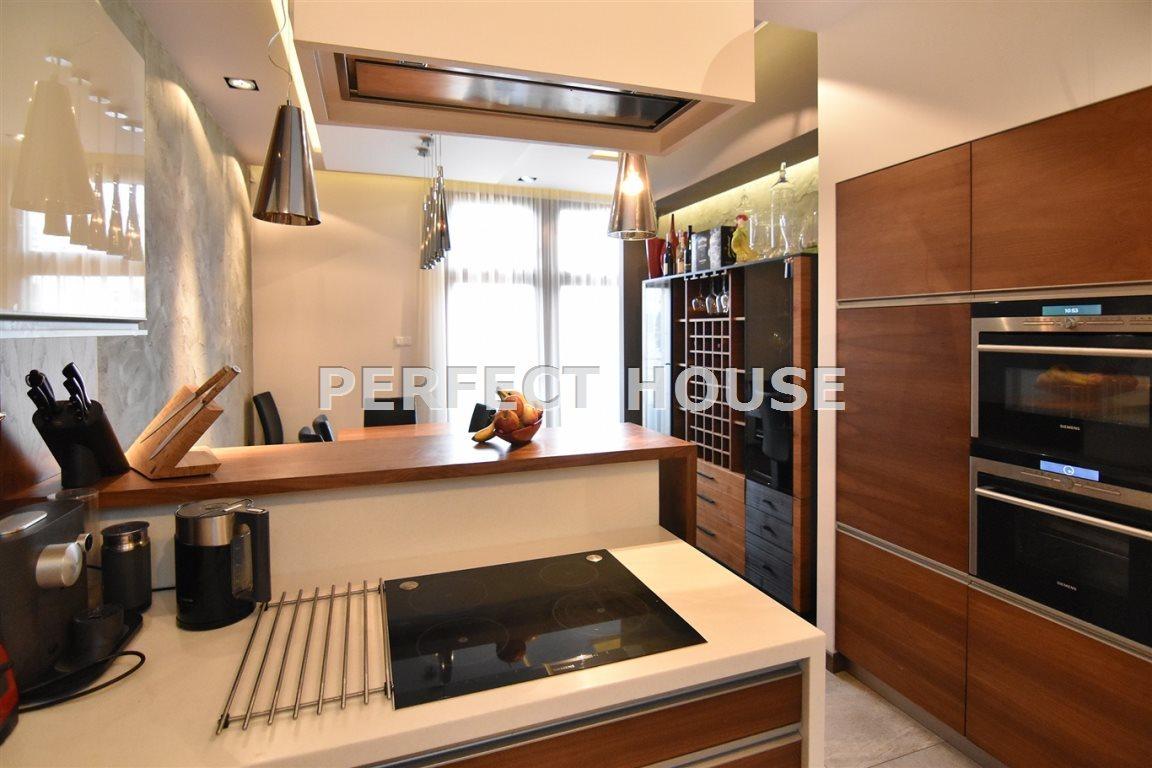 Luksusowe mieszkanie czteropokojowe  na sprzedaż Poznań, Centrum  142m2 Foto 9