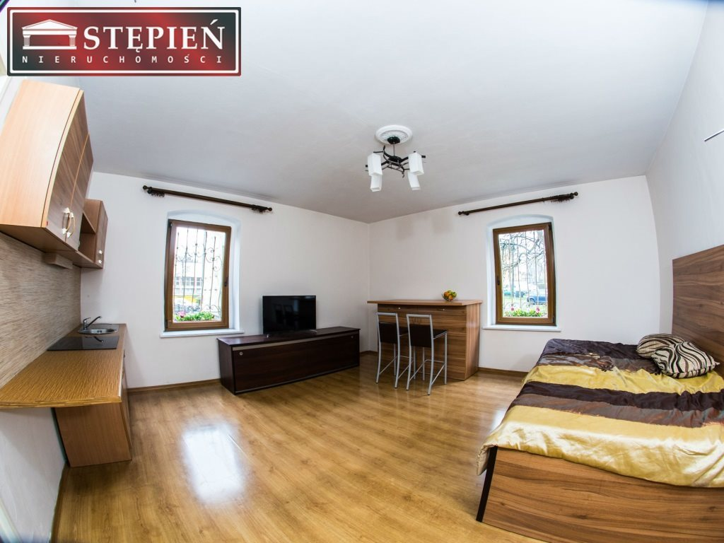 Mieszkanie dwupokojowe na sprzedaż Jelenia Góra  50m2 Foto 1