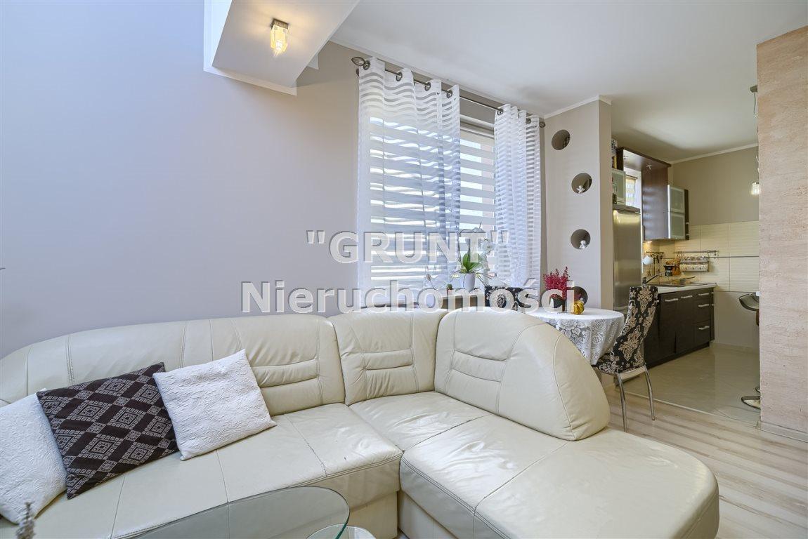Mieszkanie dwupokojowe na sprzedaż Piła, Podlasie  55m2 Foto 1