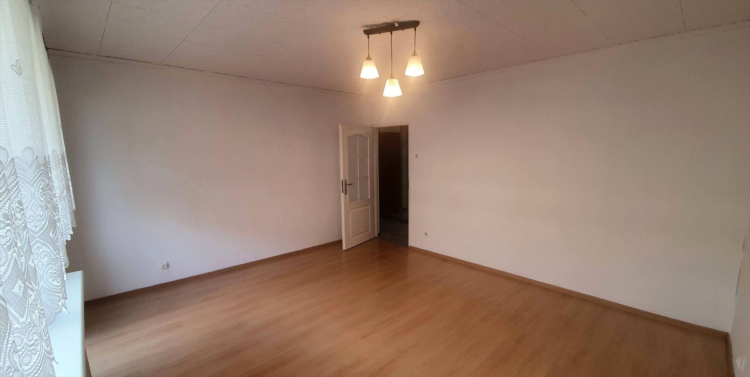 Mieszkanie trzypokojowe na wynajem Bytom, Stroszek, Sikorskiego  60m2 Foto 1