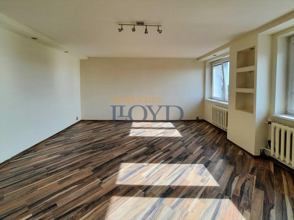 Mieszkanie dwupokojowe na sprzedaż Poddębice, Przejazd  51m2 Foto 4