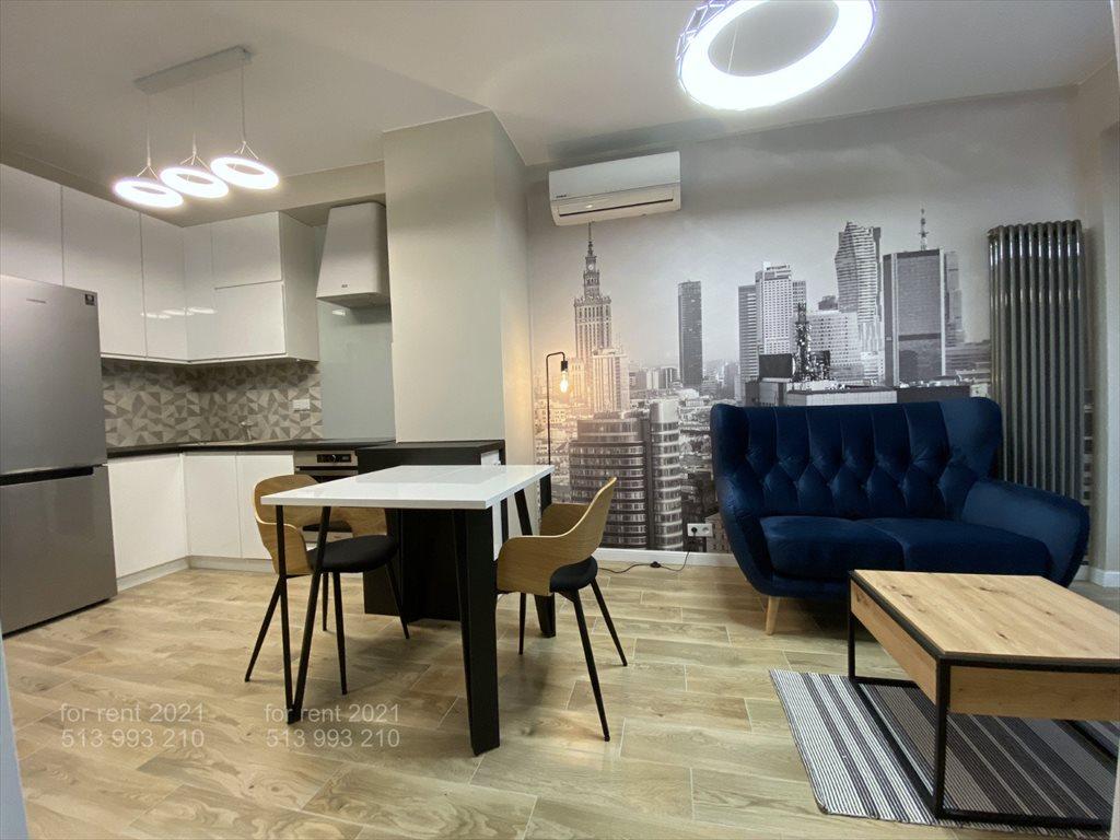 Mieszkanie dwupokojowe na wynajem Warszawa, Śródmieście, Sienna  32m2 Foto 1