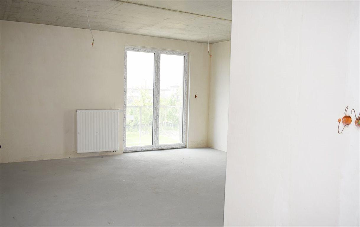 Mieszkanie trzypokojowe na sprzedaż Bielsko-Biała  69m2 Foto 3