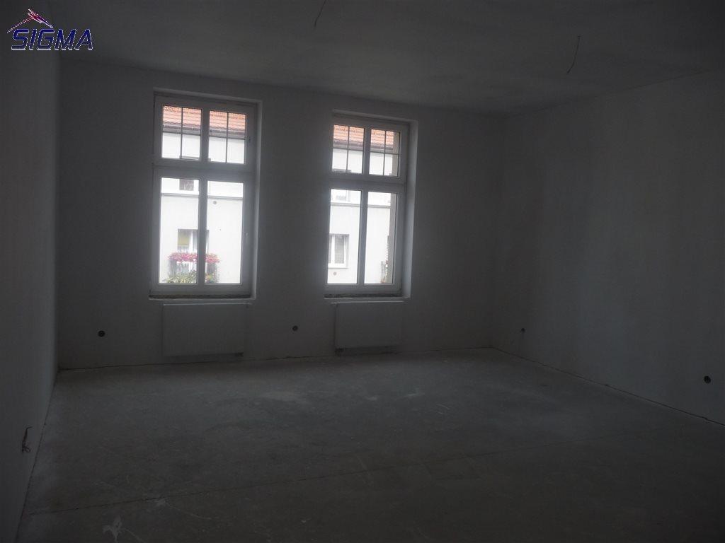 Mieszkanie dwupokojowe na sprzedaż Bytom, Centrum  87m2 Foto 8