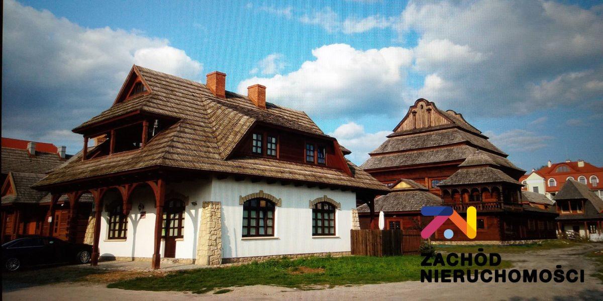 Dom na sprzedaż Biłgoraj  216m2 Foto 1