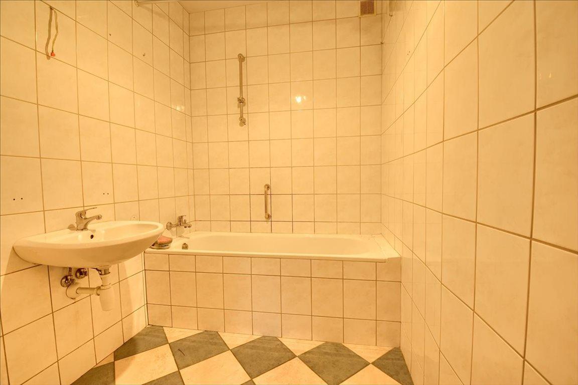 Mieszkanie trzypokojowe na sprzedaż Bielsko-Biała, Bielsko-Biała, Staffa  59m2 Foto 3