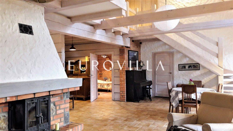 Dom na sprzedaż Cholewy  180m2 Foto 1