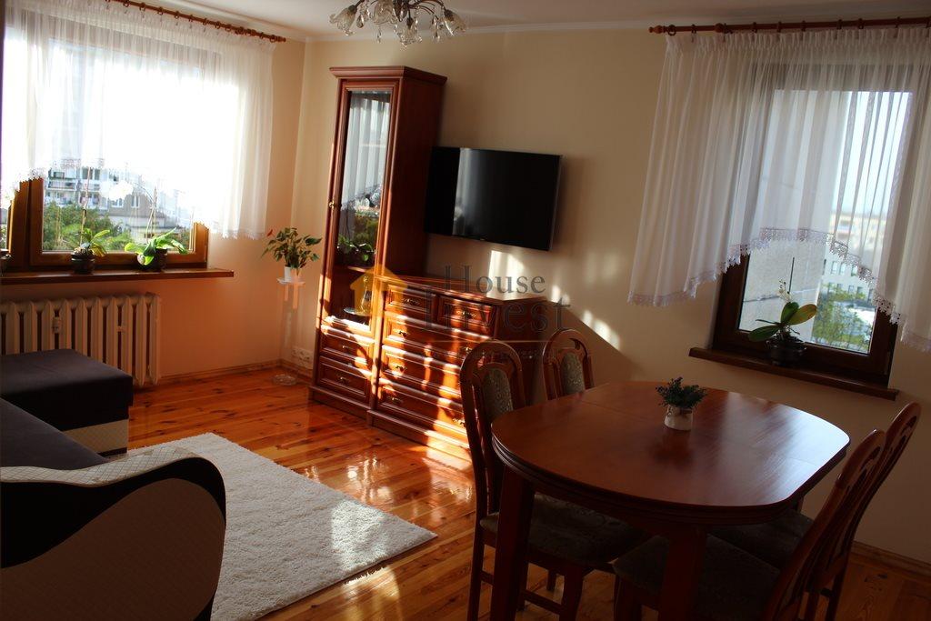 Mieszkanie trzypokojowe na sprzedaż Legnica, Kazimierza Wierzyńskiego  64m2 Foto 3