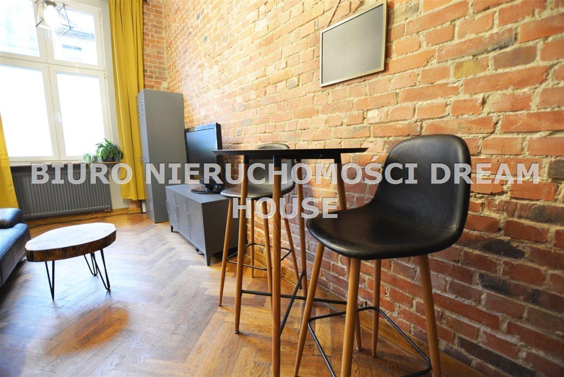 Mieszkanie dwupokojowe na wynajem Bydgoszcz, Śródmieście  29m2 Foto 5