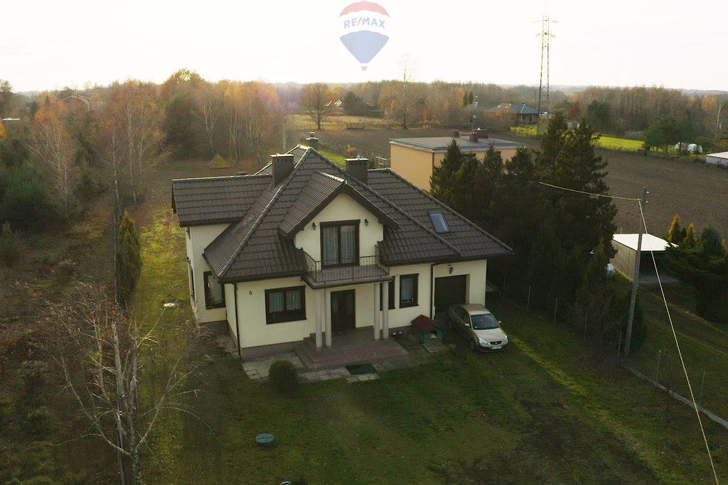 Dom na sprzedaż Zgierz  289m2 Foto 1