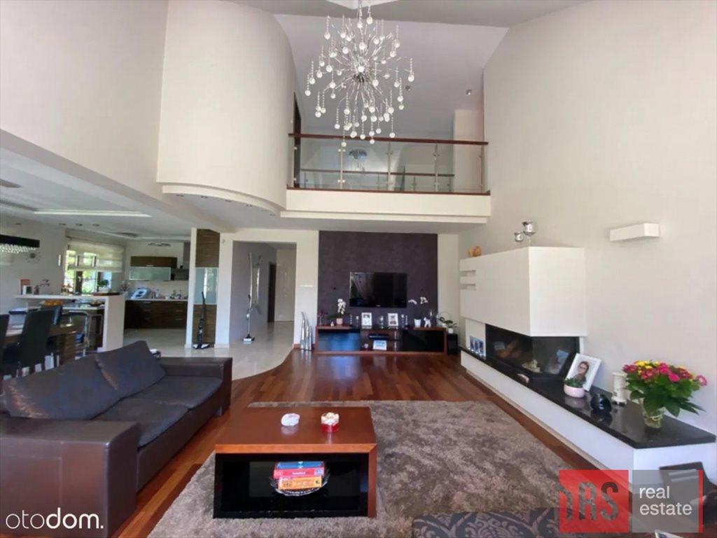Dom na sprzedaż Janów  300m2 Foto 1