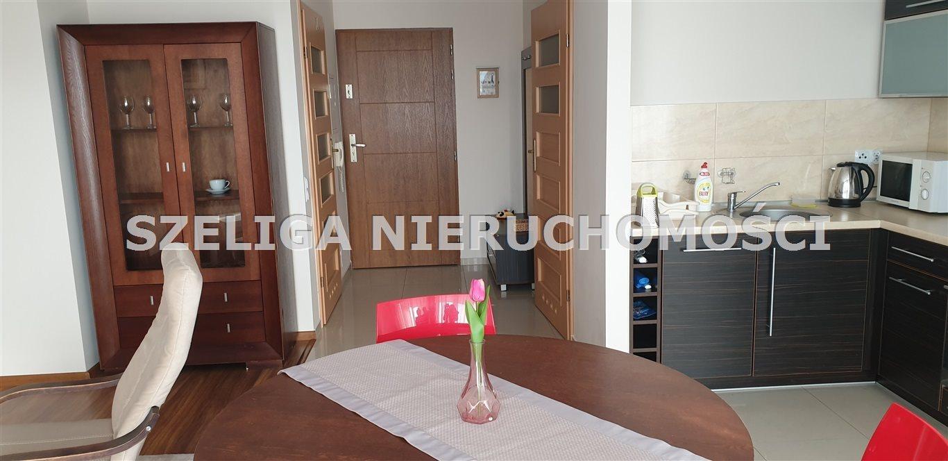 Mieszkanie dwupokojowe na wynajem Gliwice, Stare Gliwice, BLISKO STREFY, APARTAMENT Z BALKONEM  53m2 Foto 6