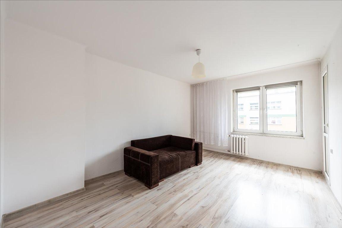 Mieszkanie trzypokojowe na sprzedaż Bielsko-Biała, Bielsko-Biała  47m2 Foto 1