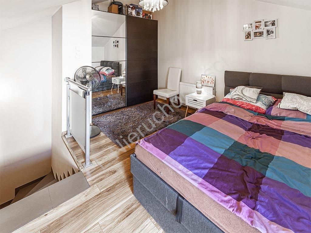 Mieszkanie trzypokojowe na sprzedaż Parzniew  75m2 Foto 5