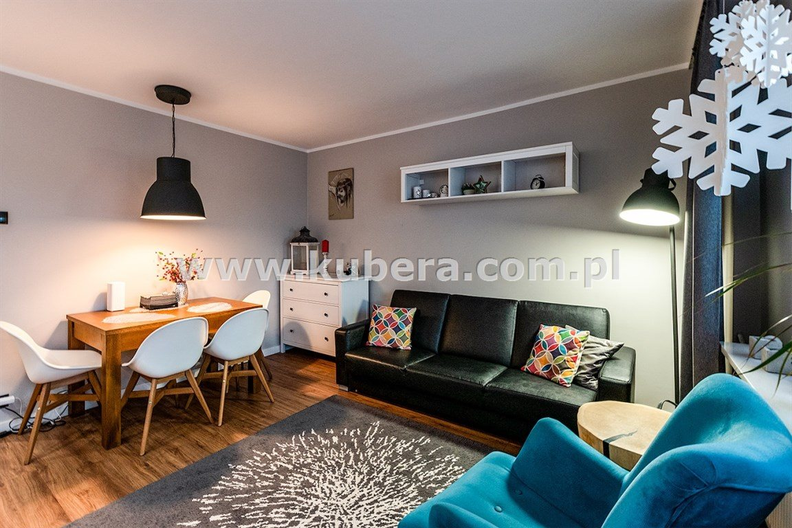 Mieszkanie czteropokojowe  na sprzedaż Piła  70m2 Foto 1
