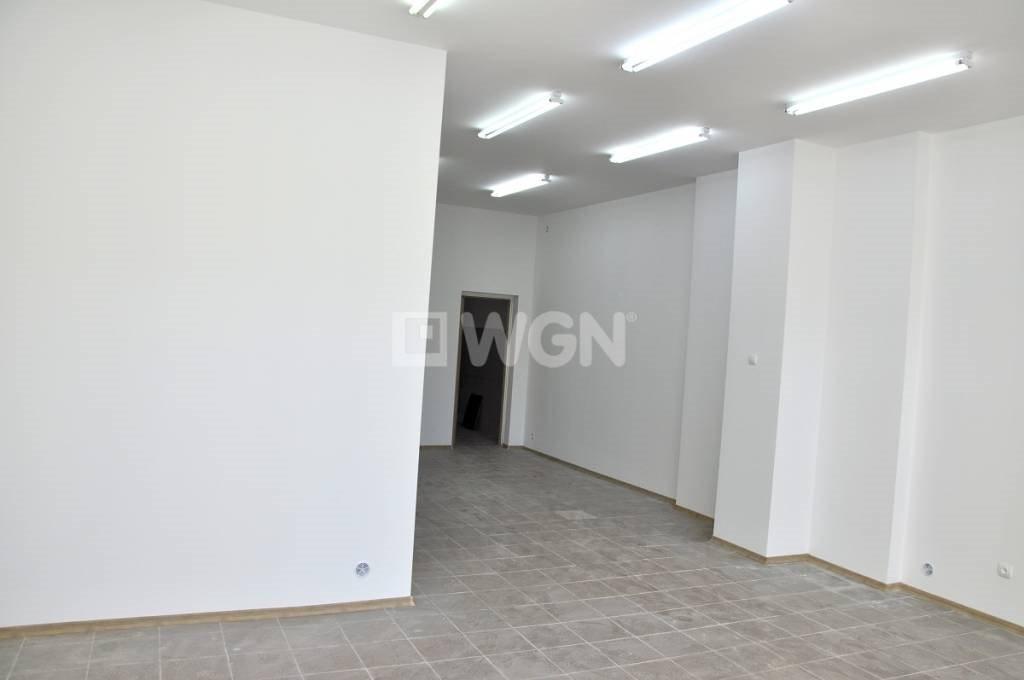 Lokal użytkowy na sprzedaż Inowrocław, Centrum  64m2 Foto 1