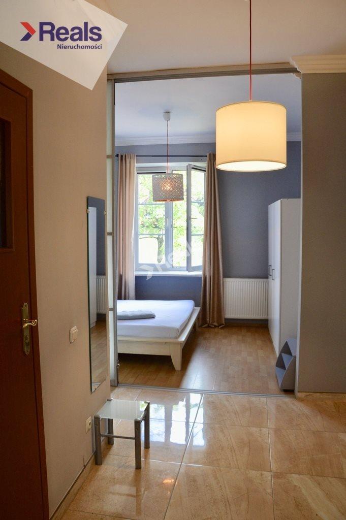 Mieszkanie dwupokojowe na sprzedaż Warszawa, Śródmieście, Stare Miasto, Miodowa  43m2 Foto 4