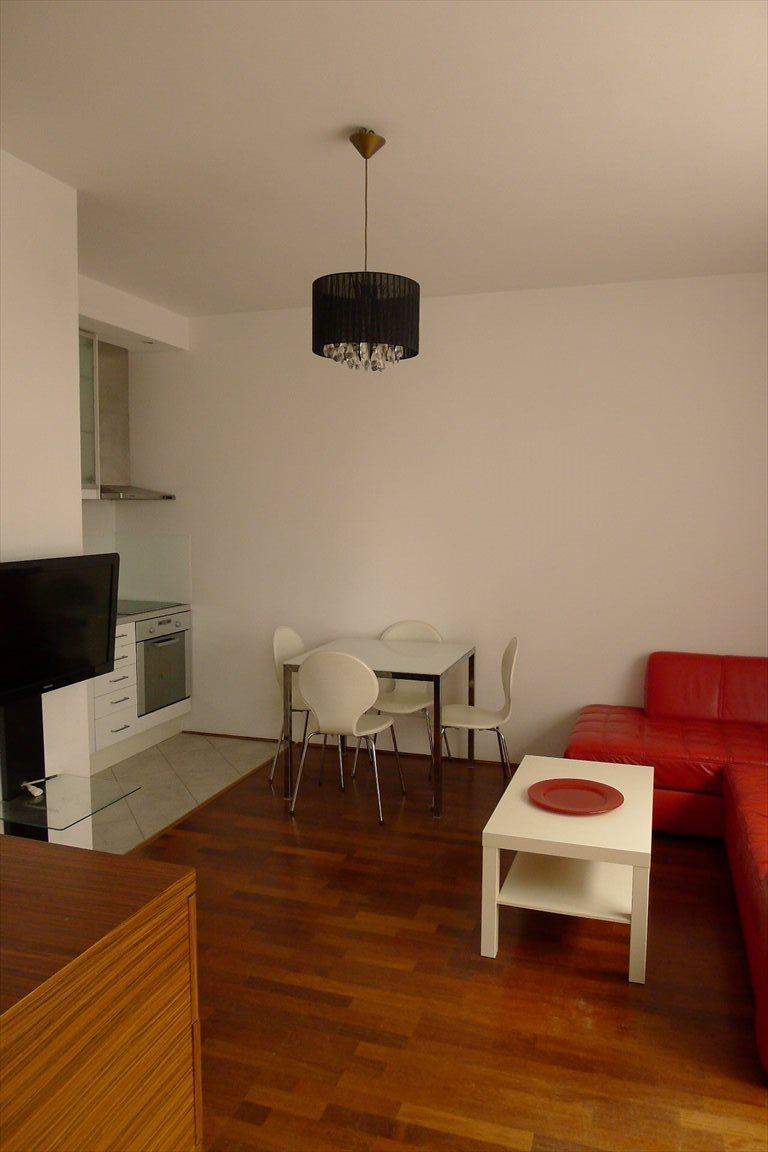 Mieszkanie dwupokojowe na wynajem Warszawa, Mokotów, BIAŁY KAMIEŃ  42m2 Foto 1