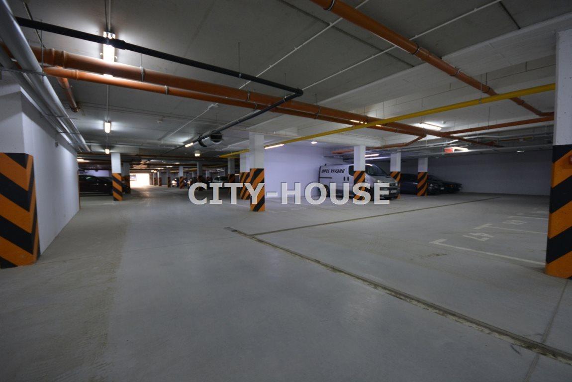 Garaż na wynajem Wrocław, Fabryczna  20m2 Foto 1