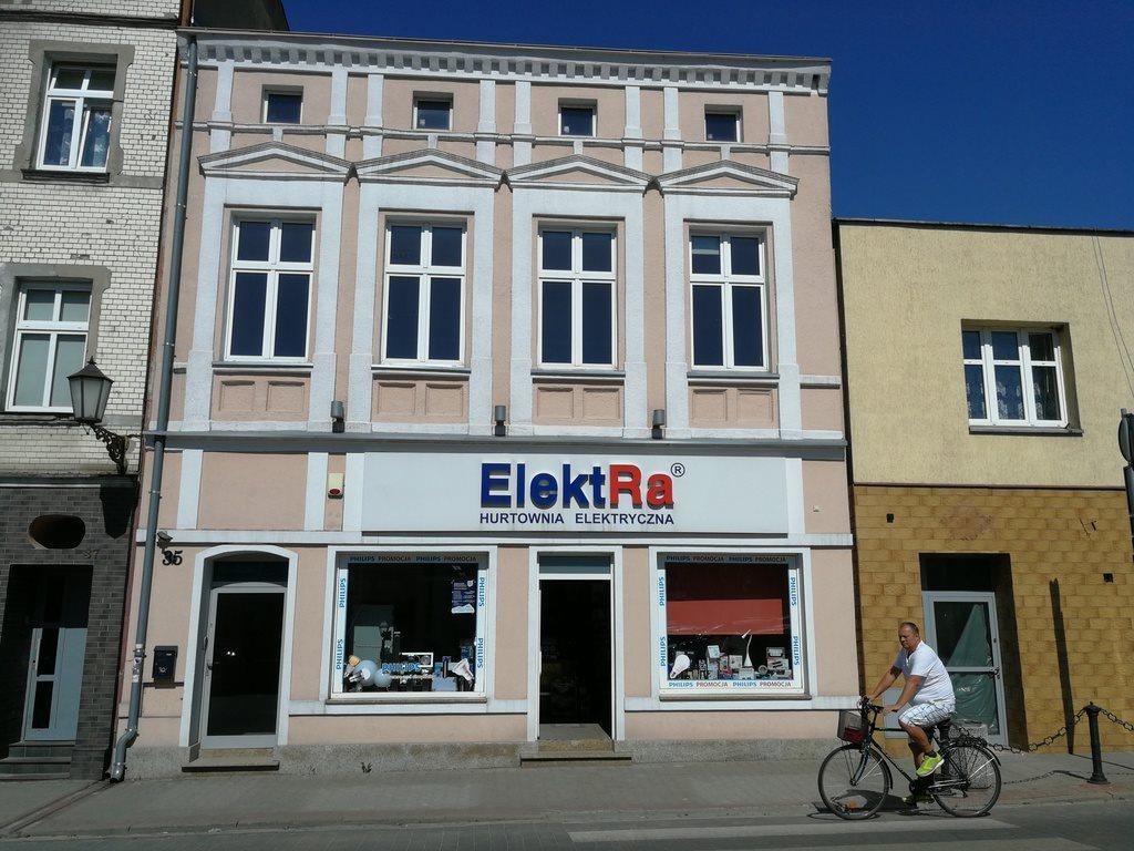 Lokal użytkowy na wynajem Śrem, pl. 20 Października  100m2 Foto 1