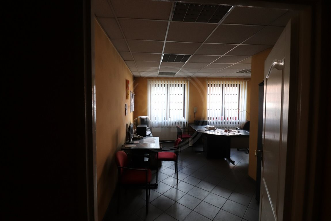 Lokal użytkowy na wynajem Leszno, Rynek  100m2 Foto 3