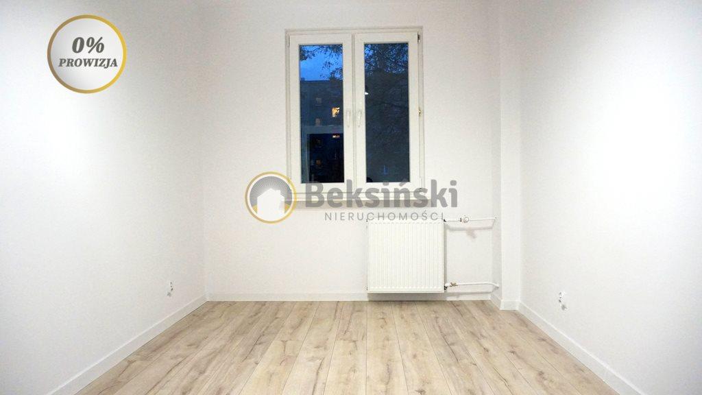 Mieszkanie trzypokojowe na sprzedaż Skarżysko-Kamienna, Sokola  45m2 Foto 1