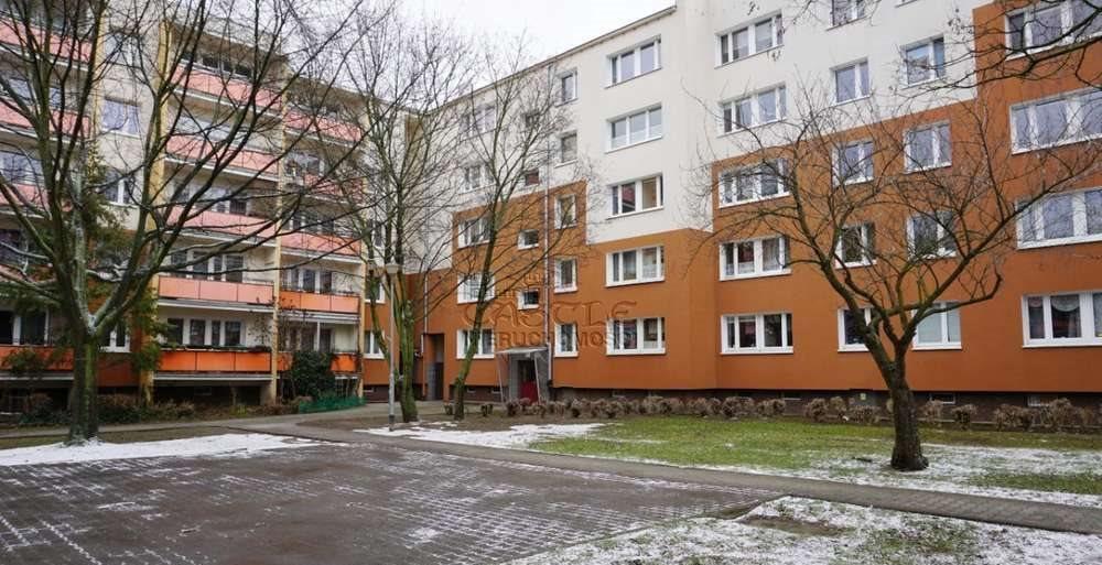 Mieszkanie czteropokojowe  na sprzedaż Poznań, Stare Miasto, Piątkowo, os. Chrobrego  73m2 Foto 1