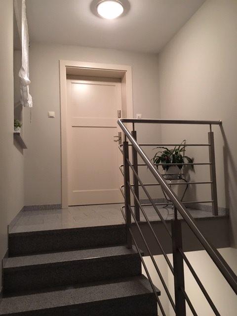 Mieszkanie trzypokojowe na sprzedaż Śrem, Stanisława Wyspiańskiego  96m2 Foto 1
