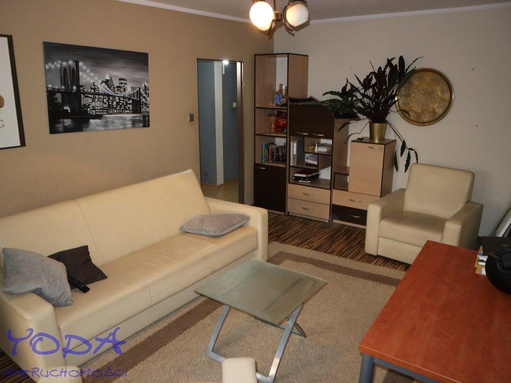 Mieszkanie trzypokojowe na sprzedaż Katowice, Brynów, Rolna  63m2 Foto 1