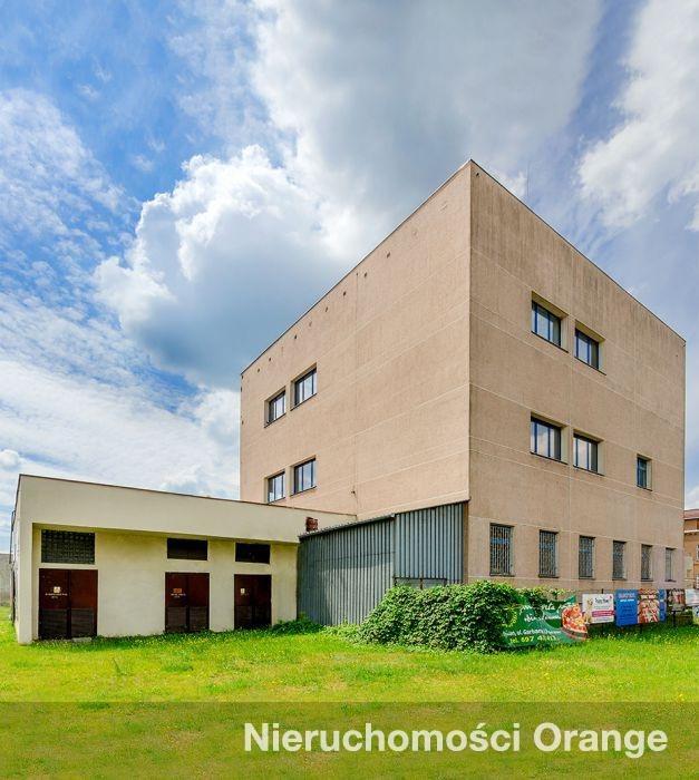 Lokal użytkowy na sprzedaż Kościan  1780m2 Foto 1