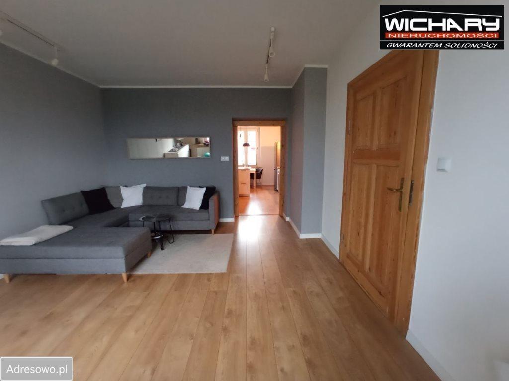 Mieszkanie dwupokojowe na sprzedaż Chorzów  63m2 Foto 4