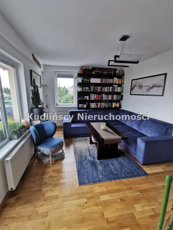 Mieszkanie trzypokojowe na sprzedaż Bezrzecze  75m2 Foto 1
