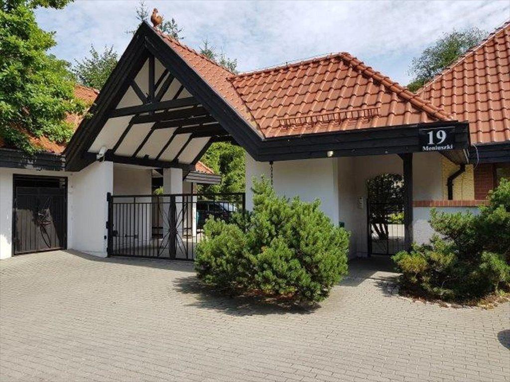 Mieszkanie trzypokojowe na sprzedaż Elbląg, Elbląg, Moniuszki  81m2 Foto 1