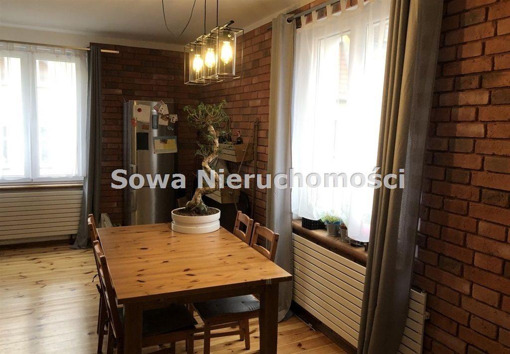 Mieszkanie trzypokojowe na sprzedaż Jelenia Góra, Centrum  71m2 Foto 1