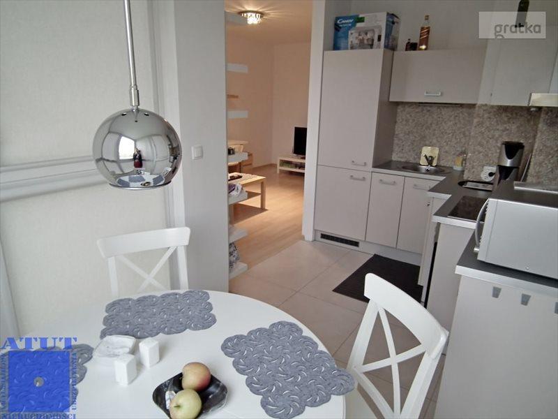 Mieszkanie dwupokojowe na wynajem Gliwice, Stare Gliwice, Chemiczna  57m2 Foto 1