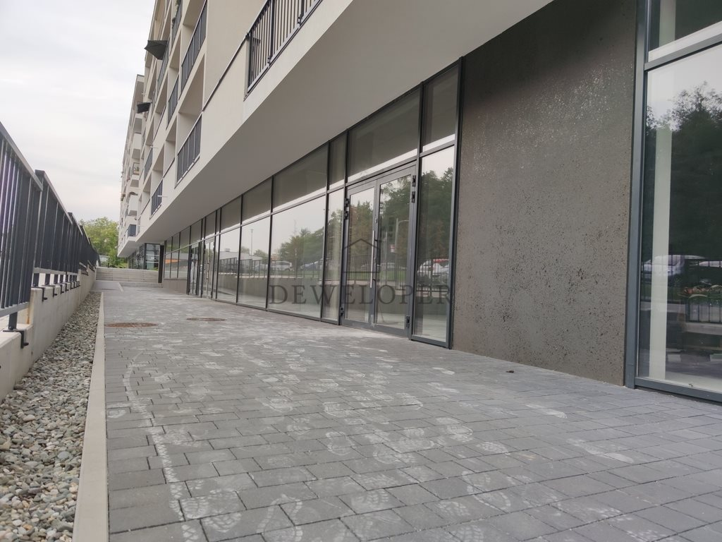 Lokal użytkowy na sprzedaż Katowice, Bytkowska  112m2 Foto 1