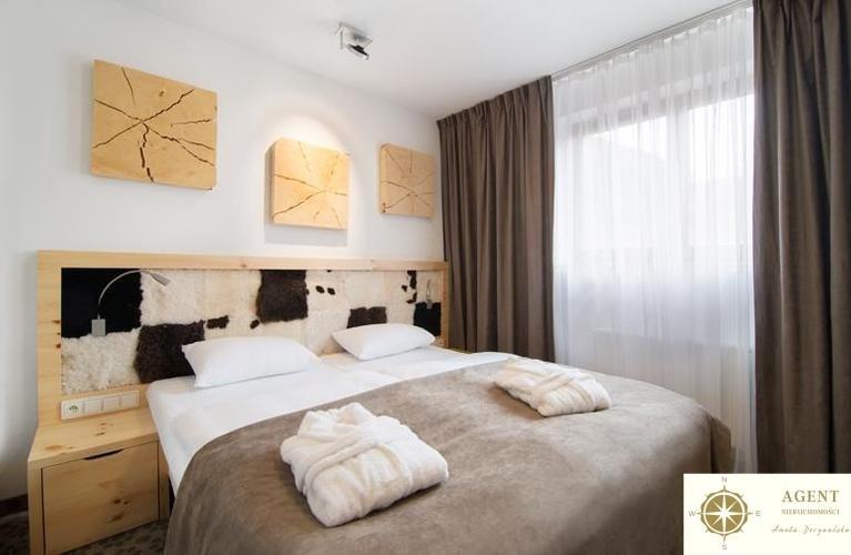 Mieszkanie trzypokojowe na sprzedaż Szklarska Poręba, Hugo Kołłątaja  67m2 Foto 1