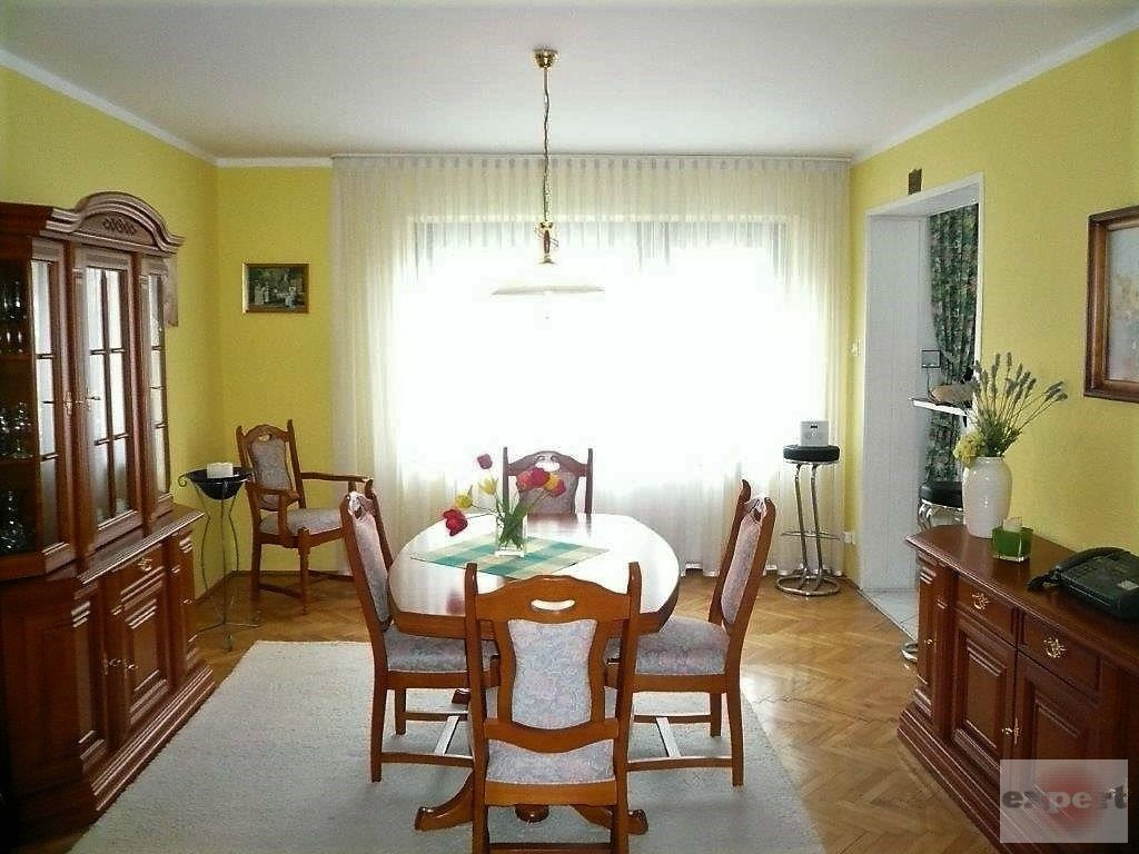 Dom na sprzedaż Pabianice  214m2 Foto 1